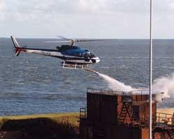 IFEX® Helicopter im Löscheinsatz (2x18 Liter Doppel-Intruder)